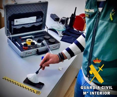 Detenido por robar el móvil de la taquilla de un trabajador