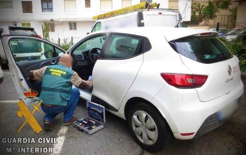 Denuncia el falso robo de su coche para no pagar un multa por conducir en dirección contraria y con exceso de velocidad