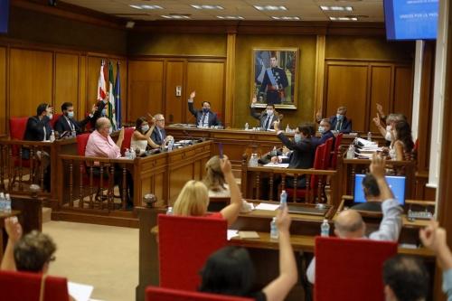 El presidente de la Diputación estalla en el debate sobre lenguaje inclusivo