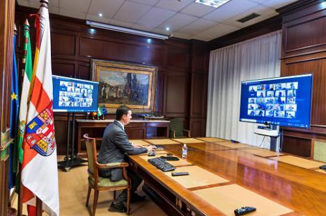 El PP deja a la oposición la decisión de presidir la comisión de las mascarillas