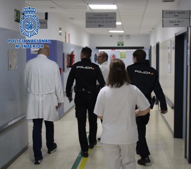 La Policía Nacional detiene a la agresora de una facultativa del hospital Torrecárdenas