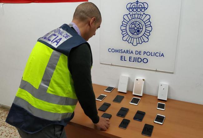 Destapada en El Ejido una estafa en la compraventa de móviles que afecta a varias provincias
