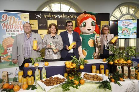 El Día de la Naranja repartirá 6.000 litros en tres fuentes de Gádor