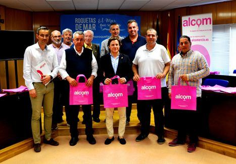 Los comerciantes de Roquetas presentan la web Alcom con venta on line