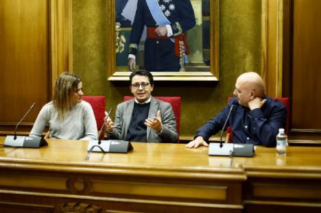 Presentación de la tercera novela del almeriense Juan Gómez Alcaide