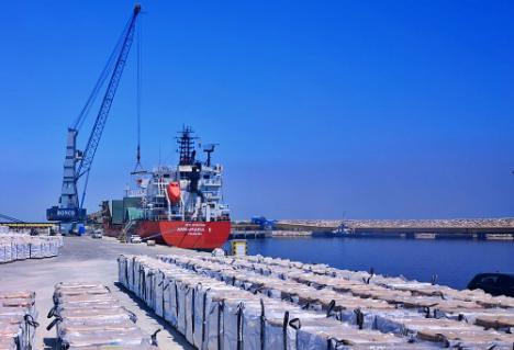 Se multiplica por dos la exportación de graneles desde los puertos Carboneras y Almería