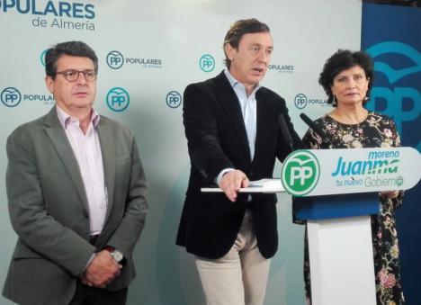 """Hernando critica el """"efecto llamada"""" provocado por las políticas del Gobierno de Sánchez"""