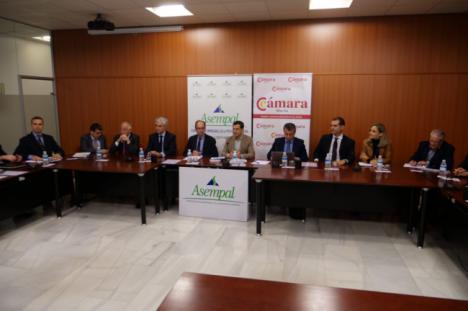 Los empresarios de Almeria se reunen con Juanma Moreno