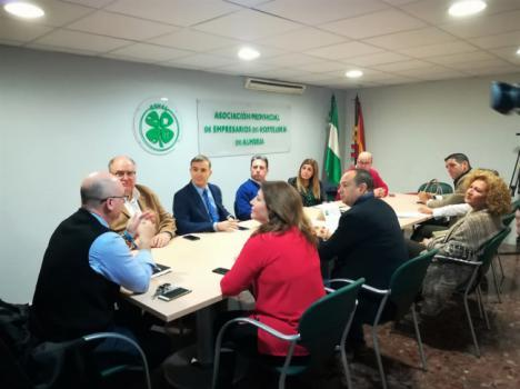 El PP impulsará un Plan Turístico para la provincia y un Proyecto concreto para la Capitalidad Gastronómica de Almería