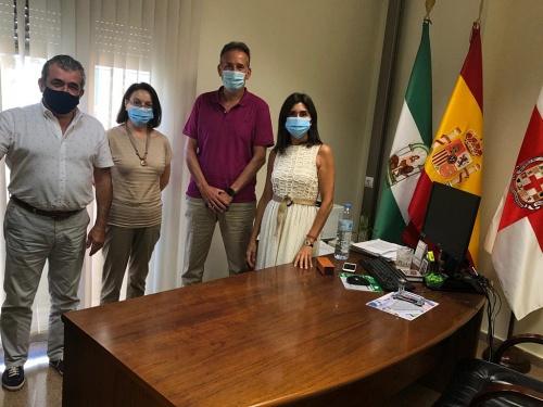 Sacramento Sánchez coordina con directores de colegios un Plan de desinfección