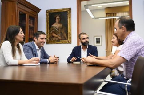 El alcalde valora la buena relación del Equipo de Gobierno con UGT