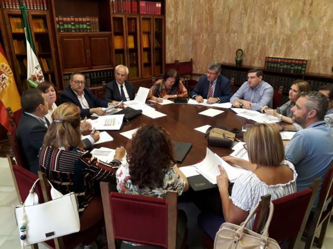 El PFEA dejará más de un millón de euros en 24 municipios de Almería