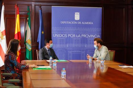 Diputación y el Consejo Pro Salud Mental estrechan lazos con 'Almería Sana'