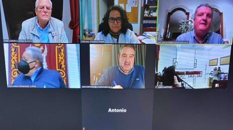 Ayuntamiento de Vera y Salud abordan con colectivos la situación del covid-19