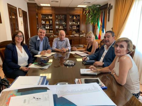 Amat: 'Ningún otro verano se habían reforzado tanto las urgencias en Roquetas de Mar'
