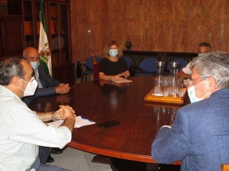 Las autoescuelas de Almería volverán a manifestarse por falta de examinadores