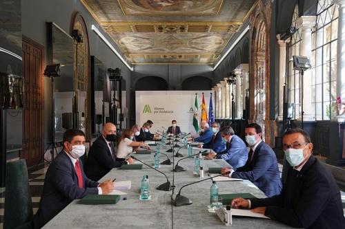 Diputación de Almería y Junta de Andalucía unen esfuerzos frente al #COVID19