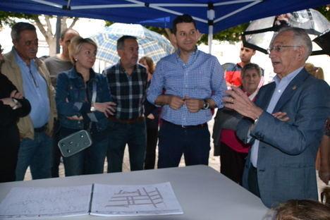 Reunión con vecinos de El Parador para explicar la red viaria en el entorno de Concha Espina