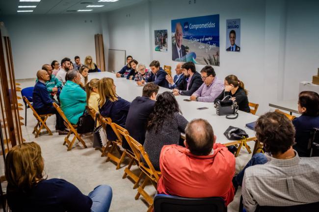 El PP roquetero se vuelca en los barrios en la precampaña electoral
