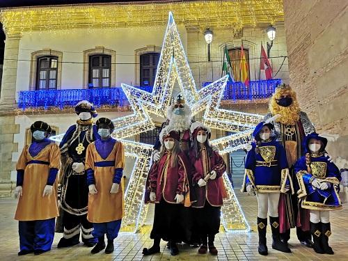 Los Reyes Magos de Oriente reciben las llaves de Vera