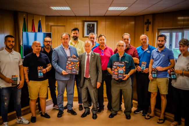Amat presenta a los empresarios turísticos el proyecto 'Roquetas Gastronómica'