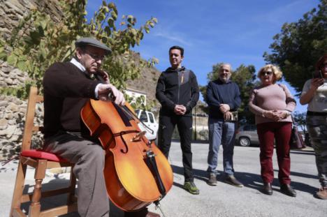 Senderos literarios para atraer el turismo a Laroya