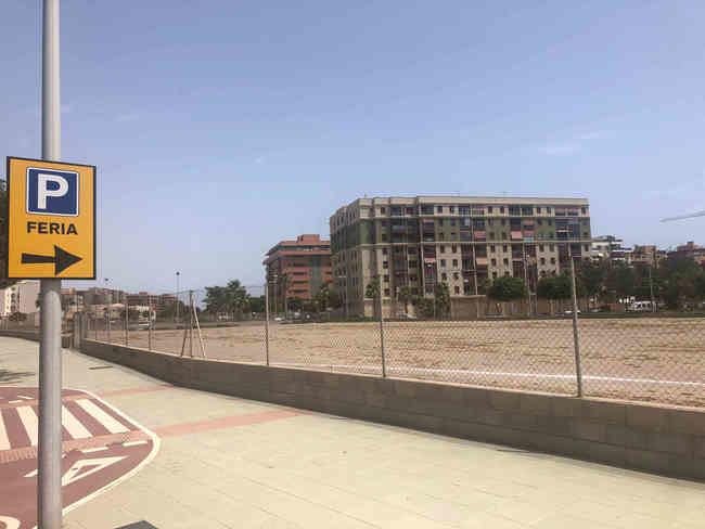 El Ayuntamiento amplía a 2.679 las plazas de estacionamiento junto al ferial