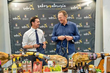 La calidad de 'Sabores Almería' deslumbra en el Salón Gourmets con Bertín Osborne