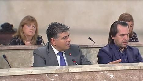 Mabel Hernández deja Ciudadanos y se sienta cerca del PP