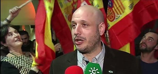 Vox acaba desplazando al PSOE hacia abajo
