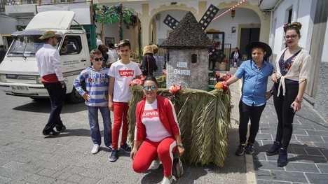 Ambiente rociero en Abla para festejar San Isidro