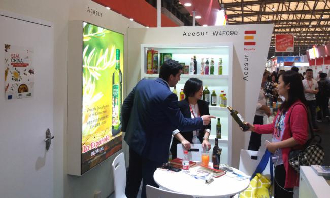 Almería es la última de Andalucía en exportación de aceite a China
