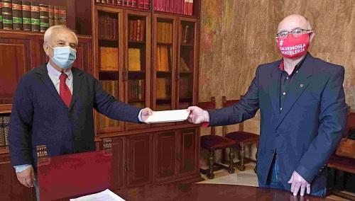 El Subdelegado se compromete a trasladar las reclamaciones de Ashal al Gobierno