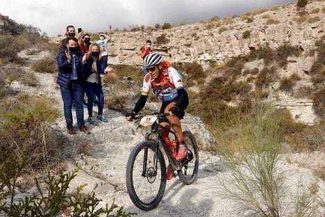 Josep Betalú repite victoria en la Titan Desert Almería 2020