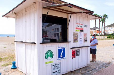Atención personalizada y códigos QR para información turística de Níjar