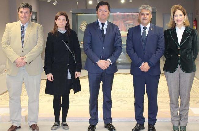 UAL y Ayuntamiento de El Ejido acuerdan la excavación y conservación de Ciavieja