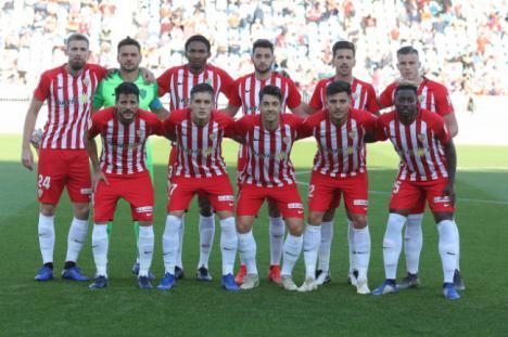 0-0: El Almería suma un punto de mucho mérito ante el Granada