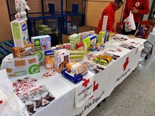Cruz Roja recoge alimentos y productos infantiles