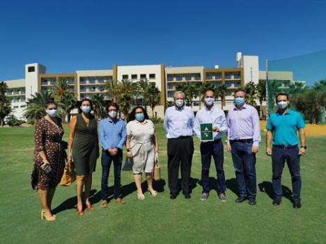 Turismo destaca en Vera la oferta almeriense en golf