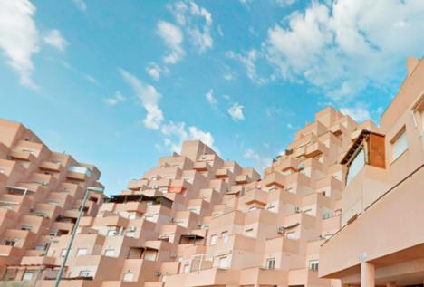 Cajamar y Haya Real Estate ponen en venta 110 viviendas en Almería por menos de 75.000 euros
