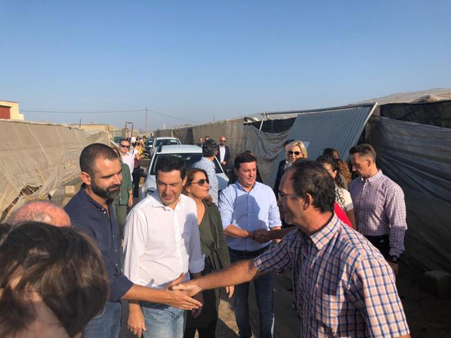 Moreno anuncia en Almería ayudas para ayuntamientos, infraestructuras y agricultores