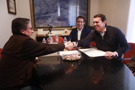 El presidente de la Diputación visita Lúcar para conocer el estado de los proyectos conjuntos