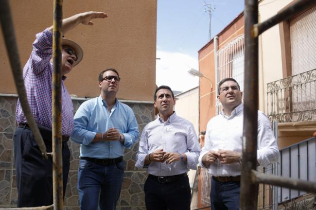 Diputación invierte 100.000 euros para reconstruir una calle de Terque