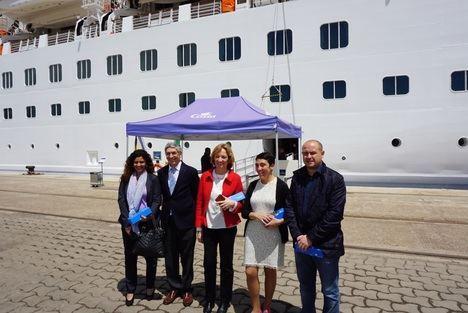 La directora de Puertos de Andalucía visita la Autoridad Portuaria de Almería