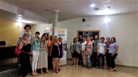 Alumnos del Taller de la Residencia de Diputación visitan a APAFA y El Saliente