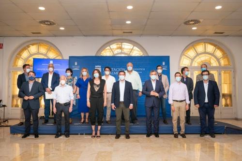 La secretaria general del PPA visita la Diputación