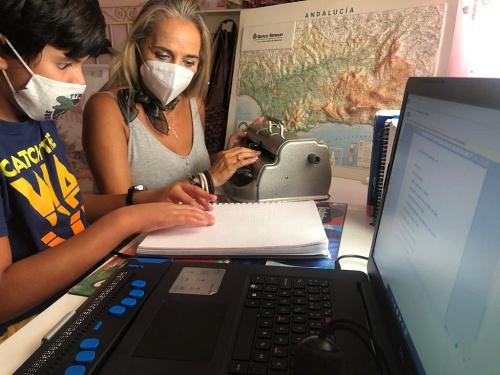 Los 179 estudiantes ciegos de Almería también preparan su #VueltaAlCole