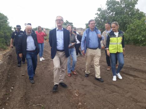 El ministro Guirao visita zonas afectadas por el temporal