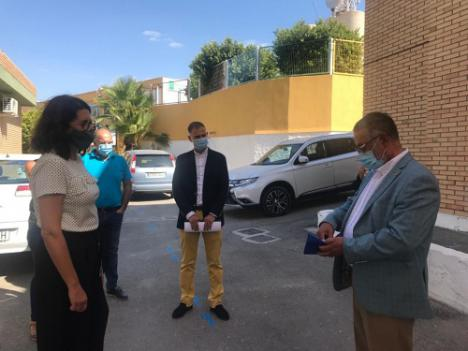 La Junta repartirá a los colegios de Almería 31.000 litros de gel hidroalcólico y 270.000 mascarillas cada mes