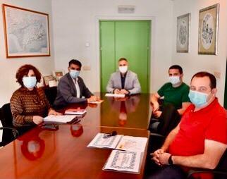 Cazorla y el delegado de Educación se reunen con los vecinos que piden un IES para la Cañada